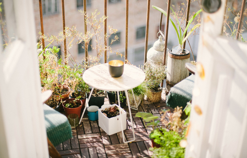 balcony-fengshui-decor-condominium-lekmongkol